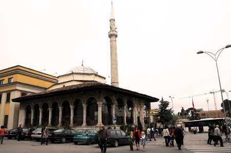Reisebericht Rundreise Albanien Teil 4 (Vlora - Kruja - Tirana ...