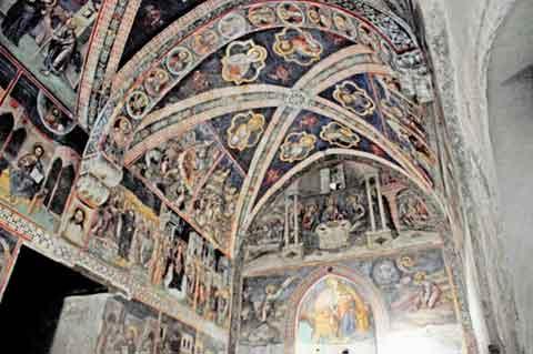 Scheunendachkirche und ehemaliges Kloster Agios Ioannis Lampadistis in Kalopanagiotis